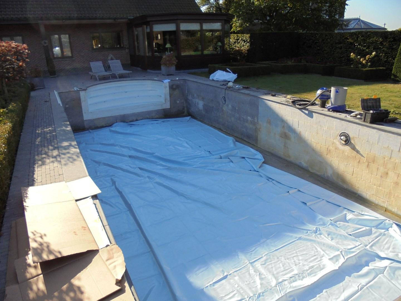 Renovatie zwembaden liner osmosebehandeling filtratie for Polyester zwembad plaatsen