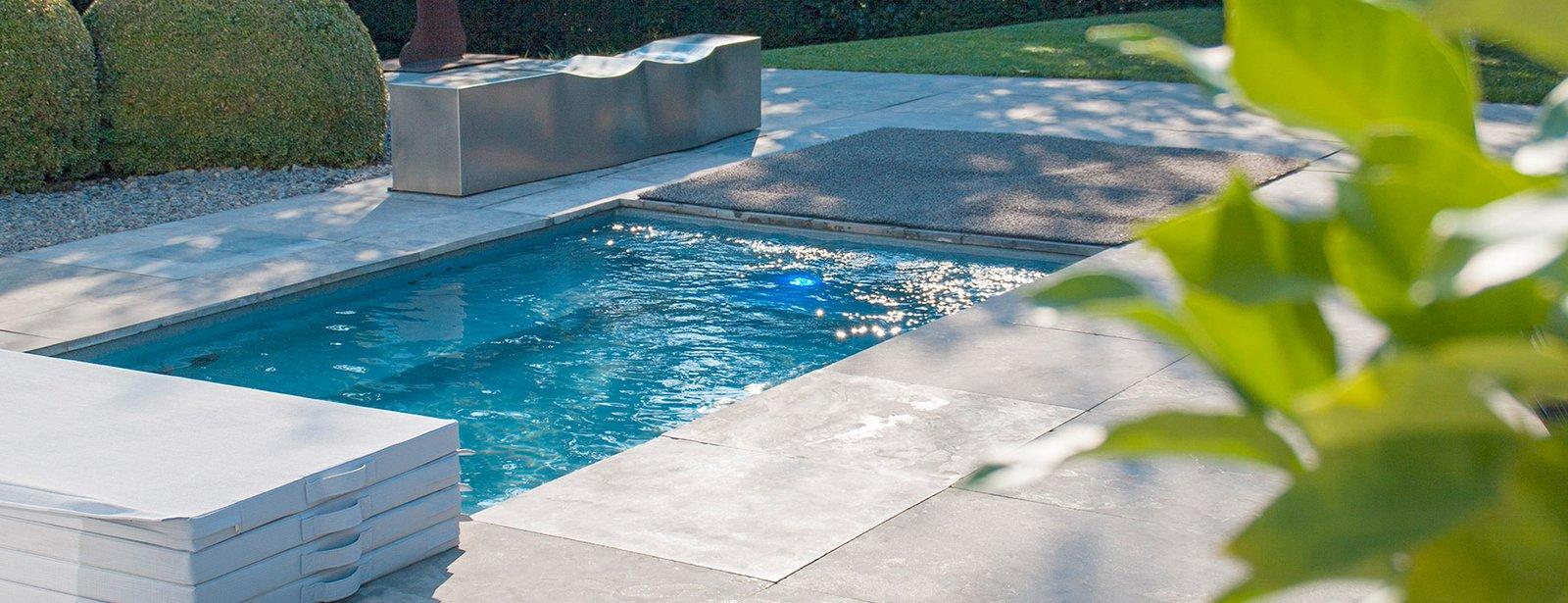 aanleg zwembad riviera pool epoxy zwembad monoblock zwembad zwembadpakket voor doe het zelf. Black Bedroom Furniture Sets. Home Design Ideas